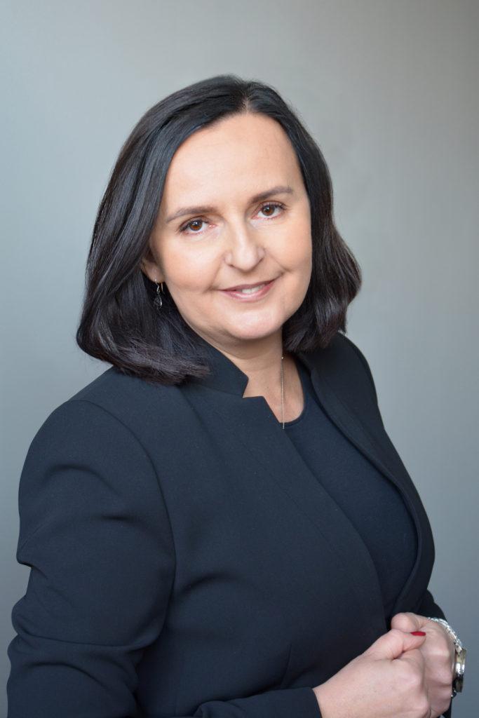 Anna Chrobok, Professor