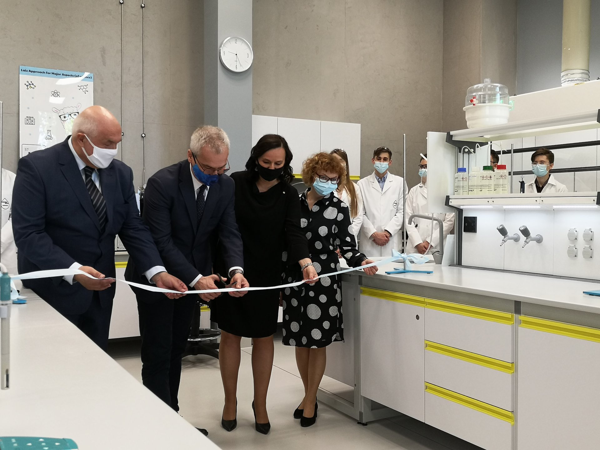We have inaugurated the opening of our new laboratory!